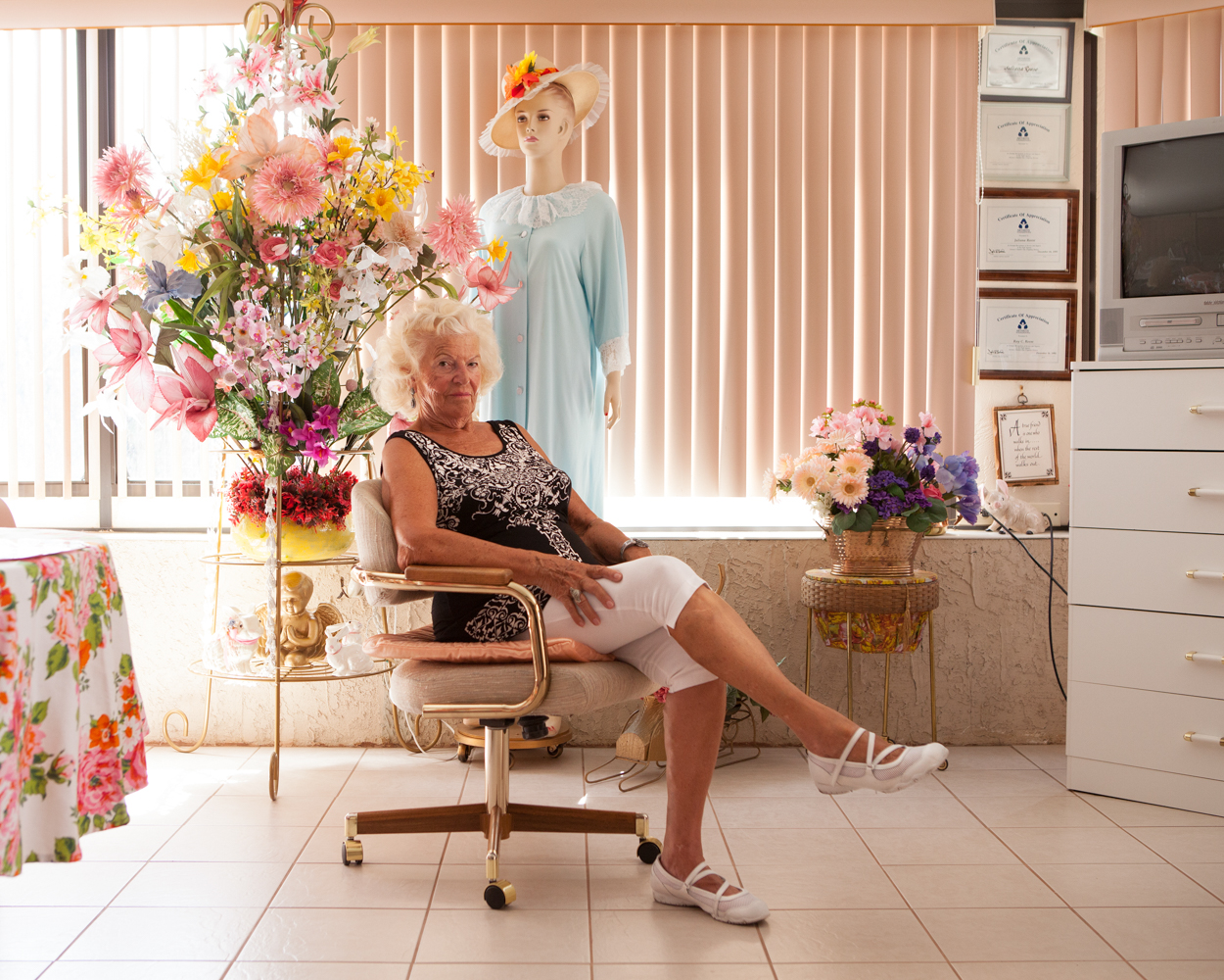 Juliana Reese (81 ans) dans sa maison, Sun City West